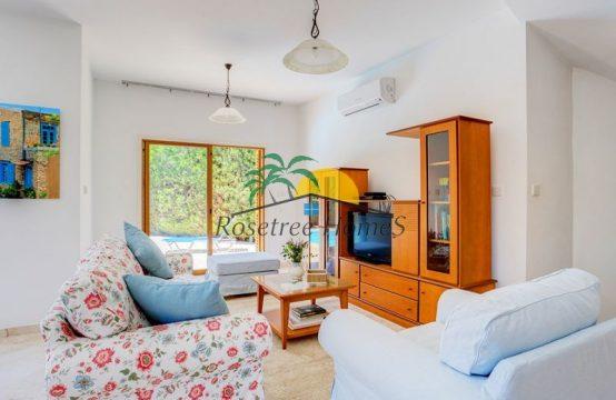 Välja üürida kolme magamistoaga villa Küprosel